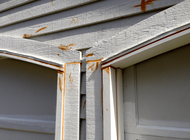 caulking wood siding